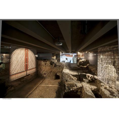 Crypte archéologique du parvis de Notre Dame, Paris